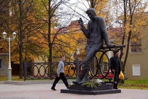 Березники: памятник поэту Решетову