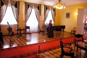 Воткинск: комнаты усадьбы