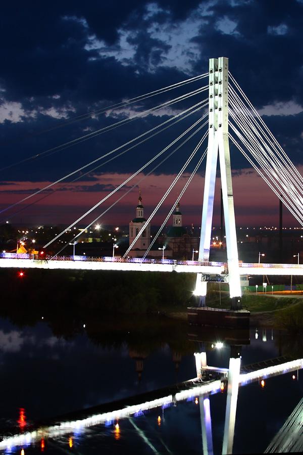 Тюмень, мост влюбённых