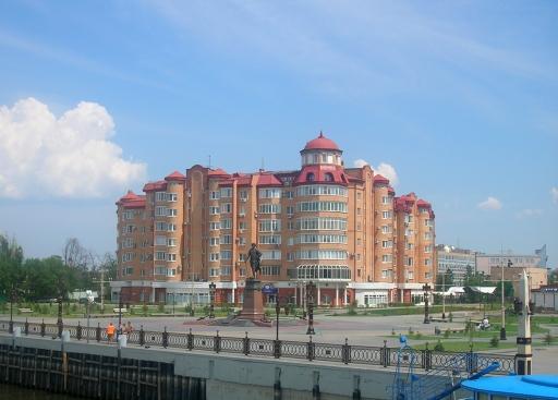 великолепный вид Астрахани с теплохода