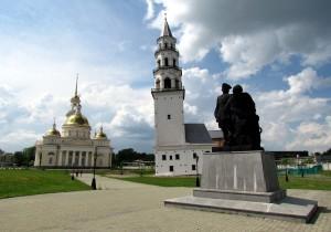 Невьянск: падающая башня