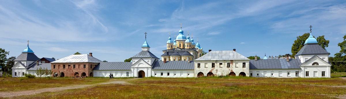 Панорама Коневского Рождество-Богородичного мужского монастыря